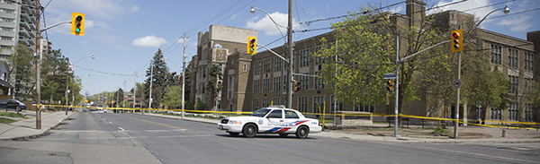 EMPTY STREETS: Bayview Avenue and other adjacent roads have been blocked by police.