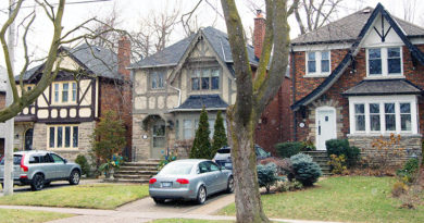 Homes sales up in Leaside.