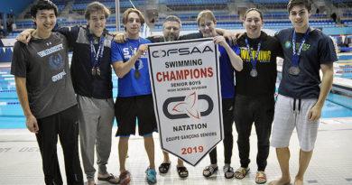 Senior UCC swimmers