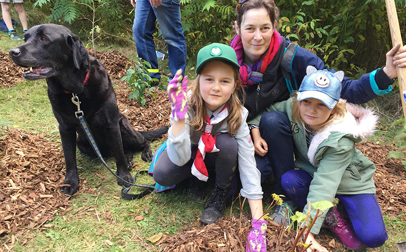 family joins in tree planting