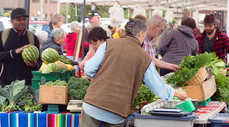 farmers market 2018