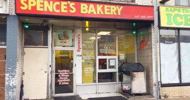 Bakery on Eglinton Avenue