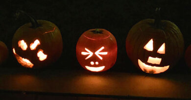 Jack-o'-lanterns during Halloween nightmare
