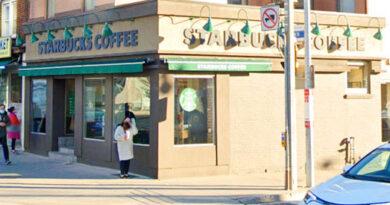 Davisville Starbucks