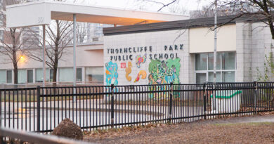 Thorncliffe Park school shut down