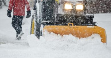 Sidewalk snow clearing