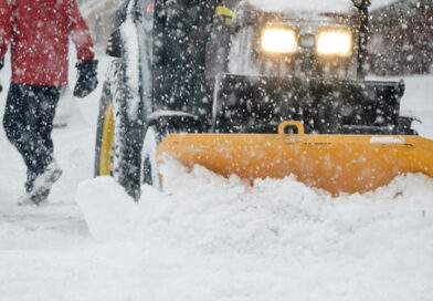 Snow clearing extended to all city's sidewalks, council decides